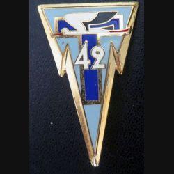 42° RT :  insigne du 42° régiment de transmissions de fabrication Delsart H. 640