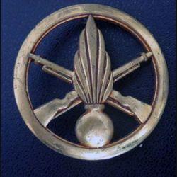 insigne de bérêt de l'infanterie de fabrication Coinderoux