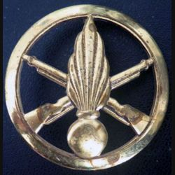 insigne de bérêt de l'infanterie de fabrication Béraudy