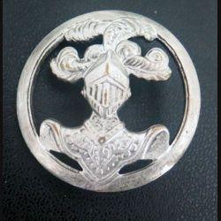insigne de béret de l'arme blindée cavalerie de fabrication Ambert béraudy Vaure