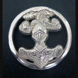 insigne de béret de l'arme blindée cavalerie de fabrication Boussemart