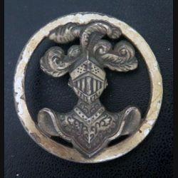 insigne de béret de l'arme blindée cavalerie de fabrication Aubert Insignes militaires