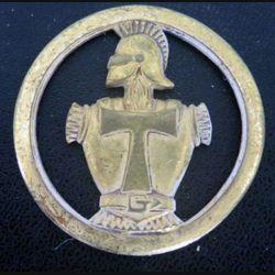 insigne de béret des transmissions de fabrication Béraudy Vaure Ambert 1 attache cassée