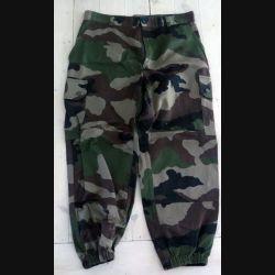 Pantalon de treillis camouflé vert armé taille 84 C de fabrication Transconfection (C188 - 63)