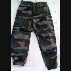 Pantalon de treillis camouflé vert armé taille 84 M de fabrication CSV 2008 (C189 -66)