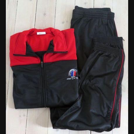 Survêtement (veste et pantalon) de l'armée de terre neuf fabrication Seyntex 2010 taille 180 (C199)