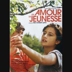 """AFFICHE FILM : affiche de cinéma du film """" Un amour de jeunesse"""" dimension 39 x 53 cm (E002)"""