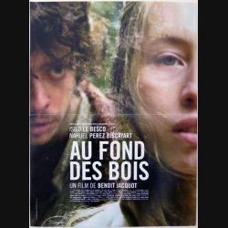 """AFFICHE FILM : affiche de cinéma du film """"Au fond des bois"""" dimension 40 x 53 cm (E002)"""