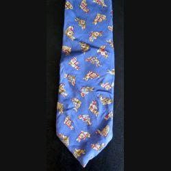 Cravate Jacomo Paris 100 % soie dauphins sur fond bleu (C144)