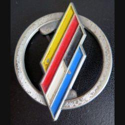 BFA : Insigne métallique de béret de la brigade franco allemande de fabrication CP peint