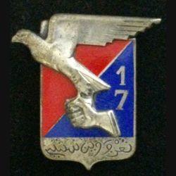 17° RA : insigne métallique du 17° régiment d'artillerie de fabrication Drago G. 1214
