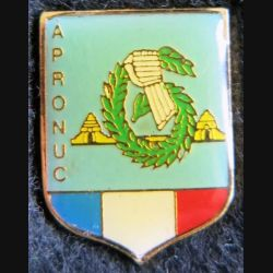 APRONUC : pin's métallique de la 6° division légère blindée au Cambodge