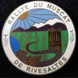 Insigne métallique du rallye du muscat de Rivesalte fabrication Fraisse Paris