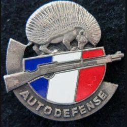 AUTODEFENSE : insigne métallique des groupes d'autodéfense en Algérie N° 05983