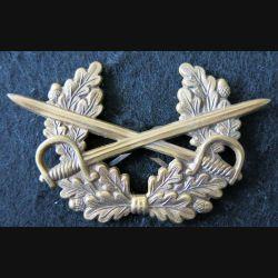 ALLEMAGNE : insigne de béret de cavalerie de la Bundeswerh armée Allemande bronze