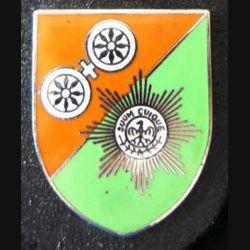 ALLEMAGNE : insigne allemand de fabrication Zimn sur cuir en émail