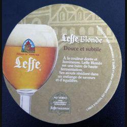DESSOUS DE VERRE A BIÈRE : Dessous de verre à bière Leffe blonde de diamètre 9 cm