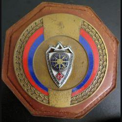 42° RI : plaque su 42° régiment d'infanterie sur métal et cuir de fabrication Andor
