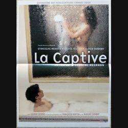 """AFFICHE FILM : affiche de cinéma du film """" La captive """" dimension 40 x 54 cm (E039)"""