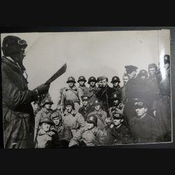 URSS : photo 15,5 x 22,5 cm l'information politique de l'unité blindée 1939  (C194)