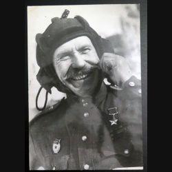 URSS : photo 15,9 x 23,3 cm major de l'unité blindée de la garde, héros de l'Union soviétique (C194)