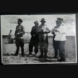 URSS : photo 14,7 x 22,5 cm les généraux du Zabaïkalsky front aout 1945  avec tampon au dos (C194)