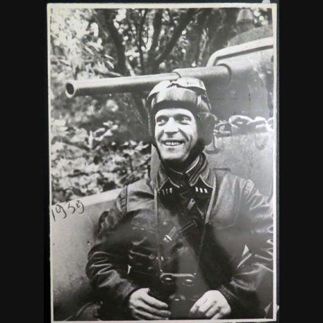 URSS : photo 23,3 x 16,3 cm Commissaire du régiment blindé soviétique1939 (C200)
