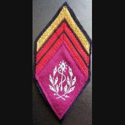 LOSANGE DE BRAS MODÈLE 45 : Caporal chef du service de santé