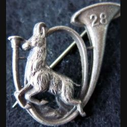 28° BCA : insigne métallique du 28° bataillon de chasseurs alpins de fabrication Arthus Bertand Paris