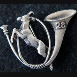28° BCA : insigne métallique du 28° bataillon de chasseurs alpins de fabrication Drago Romainville Déposé épingle à bascule