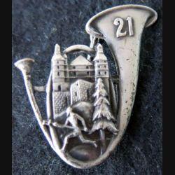 21° BCP : insigne métallique du 21° bataillon de chasseurs à pied de fabrication Arthus Bertrand poinçon