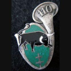 110° BCP : insigne métallique du 110° bataillon de chasseurs à pied fafrication Planchot en émail