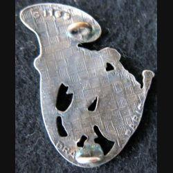 16° GC : insigne métallique du 16° groupe de chasseurs mécanisés de fabrication Drago Paris G. 1165
