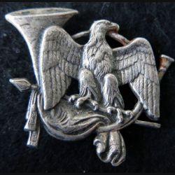 24° GCM : 24° groupe de chasseurs mécanisés de fabrication Drago Paris épingle absente