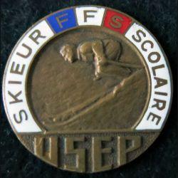 USEP : médaille de skieur scolaire de  l'Union Sportive de l'Enseignement du Premier degré sans attache