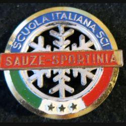 ITALIE : insigne de  l'école du ski italienne de Sauze Sportinia de fabrication Bertoni Milan