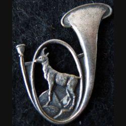 30° BCP : insigne métallique du 30° bataillon de chasseurs à pied sans nom de fabricant (Isler) sans devise ni chiffre