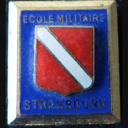 ÉCOLE STRASBOURG ROUFFACH : insigne métallique de l'école militaire de Strasbourg Rouffach de fabrication Drago G. 407 émail
