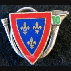 10° RCH : insigne métallique du 10° régiment de chasseurs de fabrication Drago Paris G. 2733