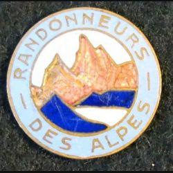 ALPES : insigne métallique des randonneurs des alpes sans attache éclat d'émail