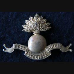 INSIGNE DE BÉRET : insigne de béret de l'école spéciale militaire de fabrication Coinderoux Paris