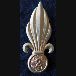 INSIGNE DE BÉRET 2° REI : insigne de béret du 2° régiment étranger d'infanterie de fabrication Drago Paris R75