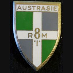 8° RIM : insigne métallique du 8° régiment d'infanterie motorisé Austrasie de fabrication Drago Paris G. 1197