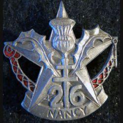 26° RI : Insigne métallique du 26° régiment d'infanterie étoile argentée  émail