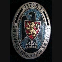 117° BI : insigne métallique du 117° bataillon d'infanterie de fabrication Drago Paris en émail