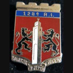 128° RI : insigne du 128° régiment d'infanterie de fabrication Ballard G. 2532