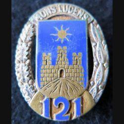 121° RI : Insigne métallique du 121° régiment d'infanterie de fabrication Drago Paris G. 430 en émail dos guilloché