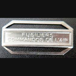 """Barrette """" FUSILIERS COMMANDOS DE L'AIR """" en métal argenté"""