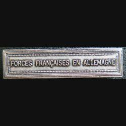 """Barrette """" FORCES FRANÇAISES EN ALLEMAGNE """" en métal argenté"""