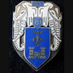 107° BI : Insigne métallique du 107° bataillon d'infanterie de fabrication Drago Paris dos guilloché
